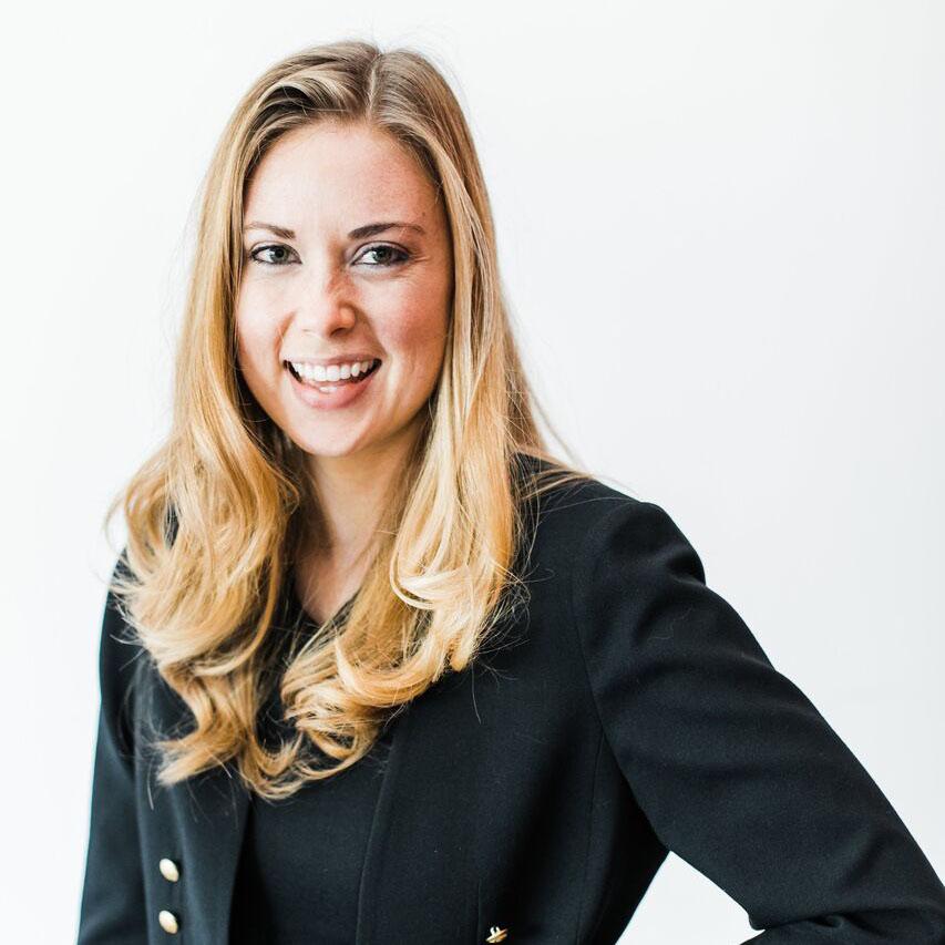 Stephanie Wierwille Headshot